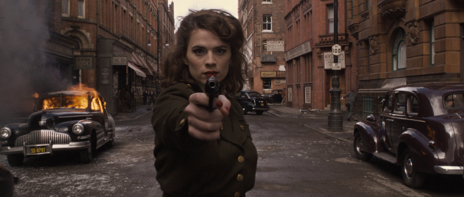 agentcartercoolunderpressure-catfa-peggy-keeps-it-secret-in-the-first-clip-from-agent-carter