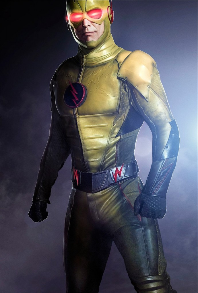 Tom-Cavanagh-as-Reverse-Flash-690x1024
