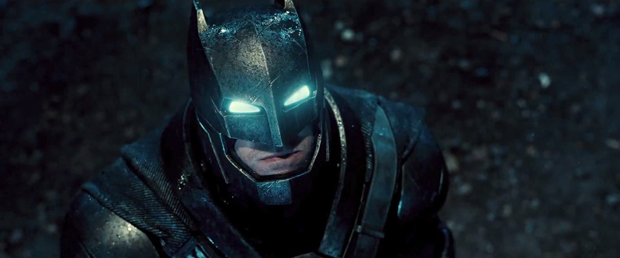 Batman-V-Superman-Trailer-Helmet-Armor-Eyes