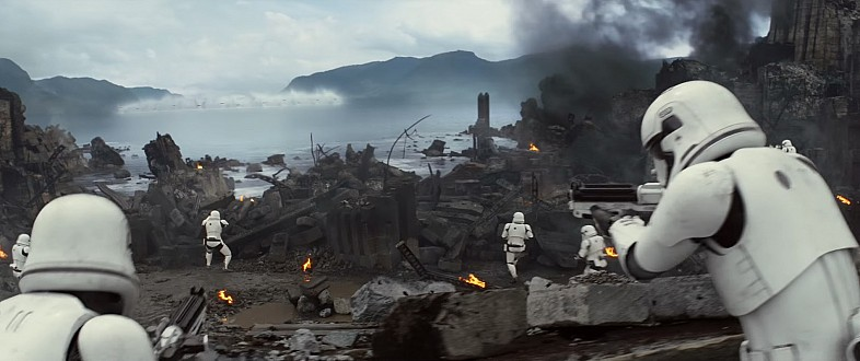 Star-Wars-7-Trailer-3-X-Wings-Attack-Stormtroopers