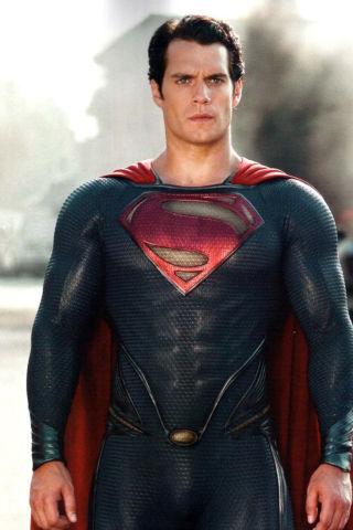 movies-man-of-steel-henry-cavill-140518-320x480