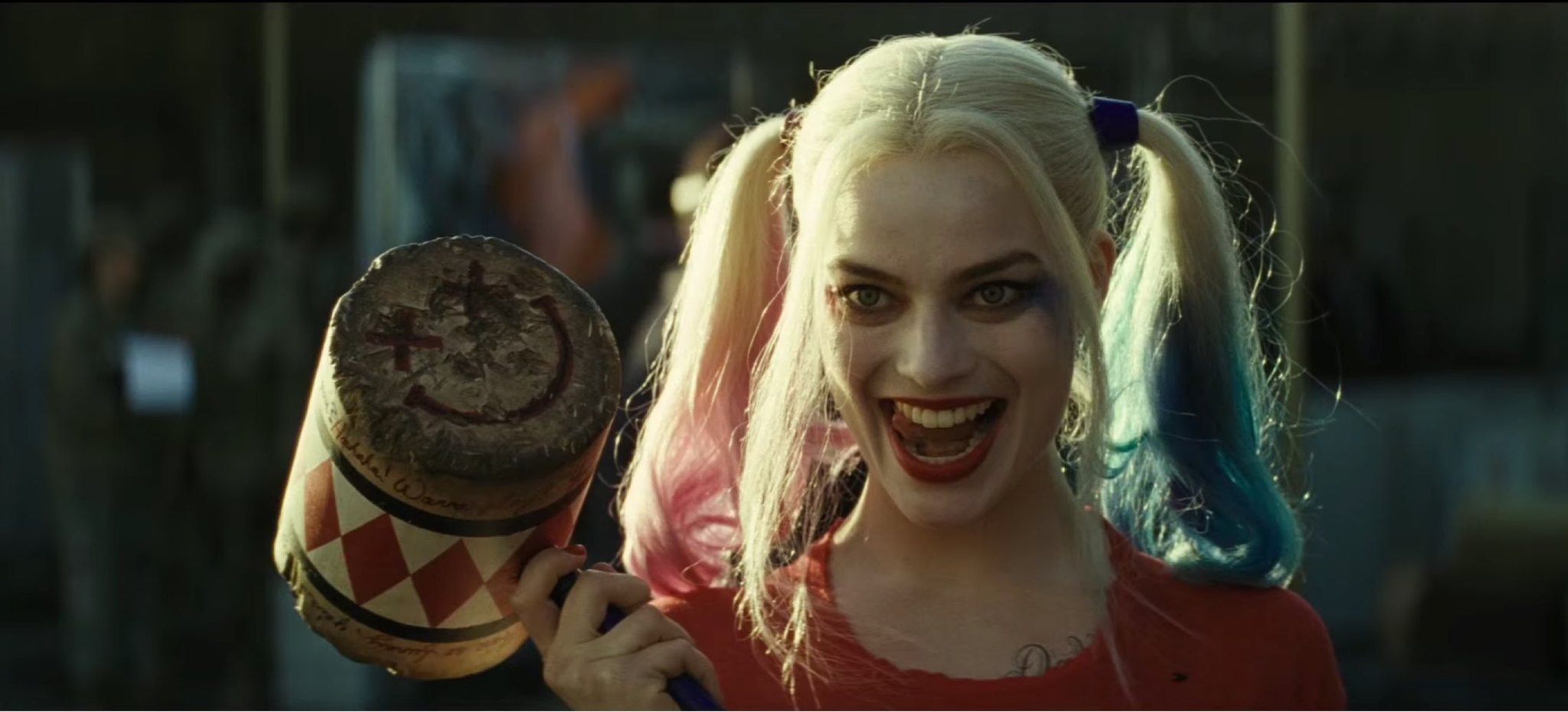 la-et-hc-margot-robbie-on-harley-quinn-20160412