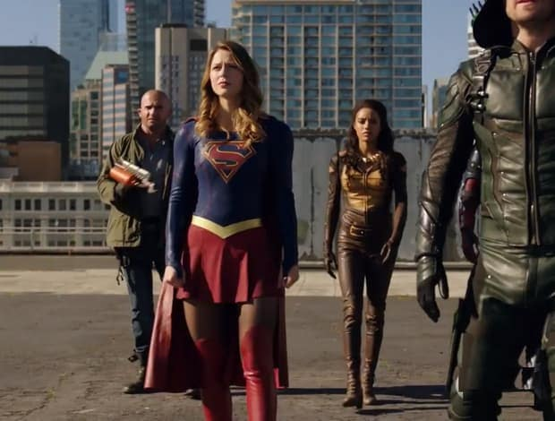 the-flash-arrow-supergirl-legends-of-tomorrow-vs-aliens-the-cw-s-arrowverse-crossover-trailer-has-landed